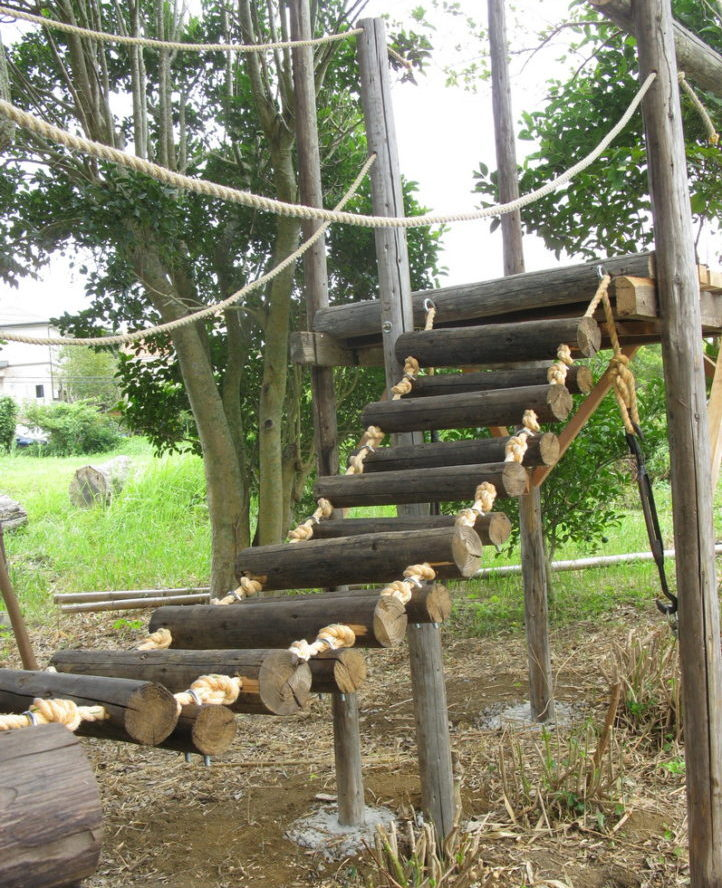 吊り橋完成